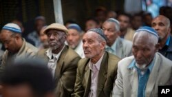 數百名埃塞俄比亞的猶太人11月19日聚集在首都亞的斯亞貝巴,抗議以色列政府拒絕允許他們移民到以色列,並說這使兩國的家庭分離。