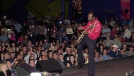 Chuck Berry performs at the Pageant Theater in St. Louis, Missouri, on October 18, 2001, for his 75th birthday celebration