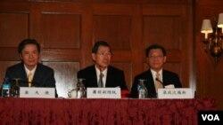 前台湾副总统萧万长在华盛顿举行记者会(美国之音 钟辰芳拍摄)