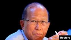 菲律宾国防部长洛伦扎纳(路透社2017年3月14日)