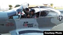 Pesawat terbang yang dinaiki Rizman ketika mengikuti pelatihan di Florida. Foto/Dok: AXE Indonesia