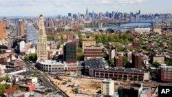 Atlantic Yards en el centro de Brooklyn, donde se desarrollará el proyecto, y al fondo se puede ver Manhattan.