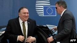 마이크 폼페오 미 국무장관이 13일 벨기에 브뤼셀에 소재한 유럽연합(EU) 본부에 도착했다.