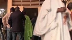 2012-02-26 粵語新聞: 非洲觀察團就塞內加爾總統選舉提出妥協案
