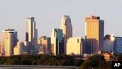 Minnesota: Wiil Qirtay inuu Lacag u Uruuriyay Al-Shabab