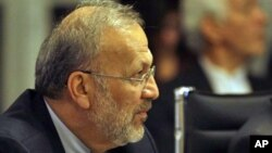 Dismissed Iranian Foreign Minister Manouchehr Mottaki (file photo)