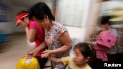 """[인터뷰 오디오: 동아대 강동완 교수]""""한국 정부, 중국에 탈북 여성 순회진료 승인 요구해야"""""""