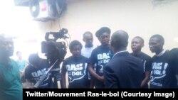 Des membres du mouvement citoyen Ras-le-bol lors d'un point de presse à Brazzaville, 12 mai 2018.
