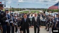 Defense Sec. James Mattis meets with Thai Minister of Defense Prawit Wongsuwon at the Pentagon
