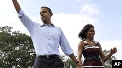 선거유세하는 오바마 미 대통령과 영부인 미셸여사 (자료사진)