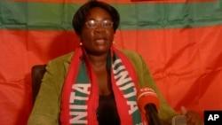 Amélia Judite, secretária provincial da Unita na Huíla.