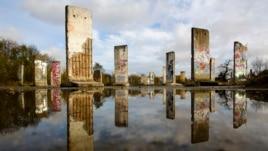 Rënia e Murit të Berlinit, hap pas hapi