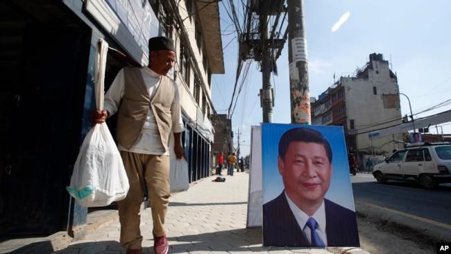 中国教师涌入令一些尼泊尔人不安