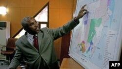 Представник нафтопромисловості Судану на брифінгу з журналістами