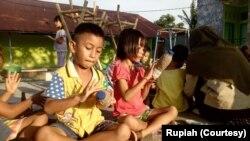 Program Rumah Pendidikan Sampah (Rupiah) bagi anak-anak tentang sampah plastik.(Courtesy: Rupiah)