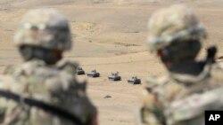 ამერიკელი სამხედროები აკვირდებიან ქართულ შენაერთებს ვაზიანის სამხედრო ბაზაზე
