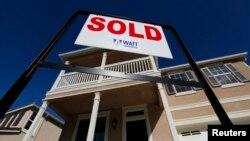 美國經濟持續增長﹐房地產市場持續改善。