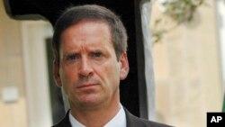 Mark Green, alors ambassadeur des États-Unis en Tanzanie, le 7 août 2008.