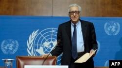 联合国调停人卜拉希米1月31日在日内瓦的记者会上
