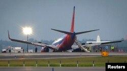 Un Boeing 737 tuvo que realizar un aterrizaje de emergencia en el aeropuerto de La Guardia.