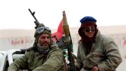 حملات سنگین نیروهای قذافی به مخالفان ادامه یافت