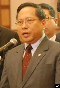 香港行政長官候選人何俊仁