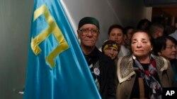 Протест против закрытия крымско-татарского телеканала в здании телецентра в Симферополе. 31 марта 2015 г.