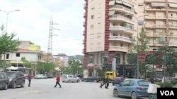 Suasana di Vlora, salah satu kota di Albania.