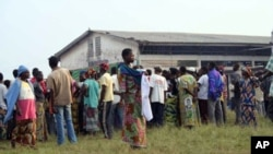 Refugees from Democratic Republic of Congo (DRC) at the Falco site, Betou in the Republic of Congo, Nov. 2009, to escape inter-ethnic violence in recent weeks in neighbouring DRC (file photo)