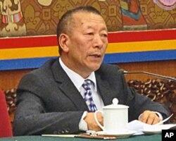 西藏自治区人大副主任新杂·单增曲扎
