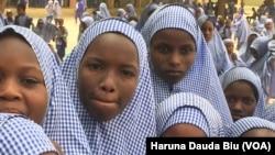 Wasu 'ya'ya mata Fulani da Gwamnan Borno ke daukar nauyin karatunsu a Jihar.