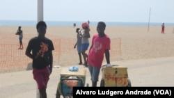 Vendedores na lha de Luanda