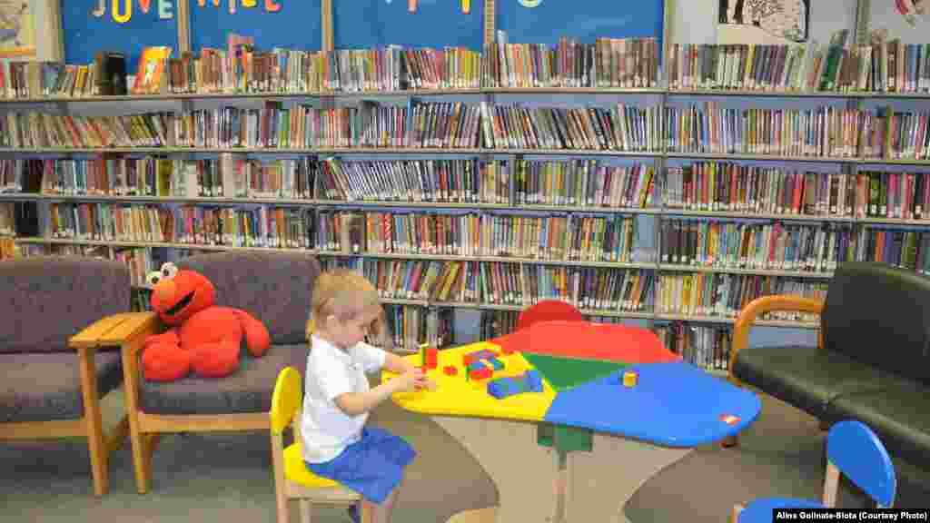 Читання і гра у дитячих відділах - нероздільні