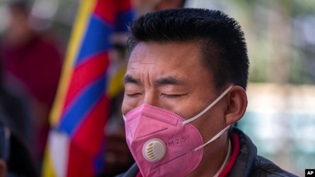 流亡藏人2020年3月10日在印度达兰萨拉纪念1959年西藏起义61周年。
