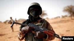 Umusirikare wa Mali yafi ya Tin Hama, Mali, Itariki 20/10/2017.