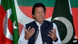 عمران خان، سیاستمدار اوپوزیسیون پاکستان