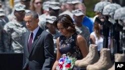 奧巴馬夫婦4月9日出席德州胡德堡槍擊案悼念儀式