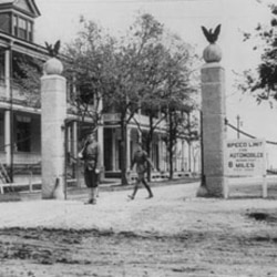An old picture of the entrance to Fort Sam Houston