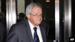 Former U.S. House Speaker Dennis Hastert leaves the federal courthouse, Oct. 28, 2015, in Chicago, Illinois, where he changed his plea to guilty in a hush-money case that alleges he agreed to pay someone $3.5 million to hide claims of past misconduct.