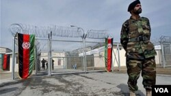El mes pasado la OTAN dejó de transferir detenidos a 16 prisiones afganas.