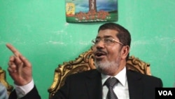 Mohamed Morsi (file photo, E. Arrott/VOA)