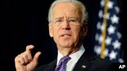 Phó Tổng thống Hoa Kỳ Joe Biden phát biểu tại hội nghị về vấn đề bạo động bằng súng, 21/2/13