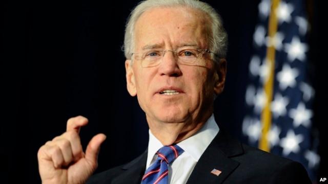 Según Biden, ha crecido el consenso para prohibir la venta de algunas armas semiautomáticas.