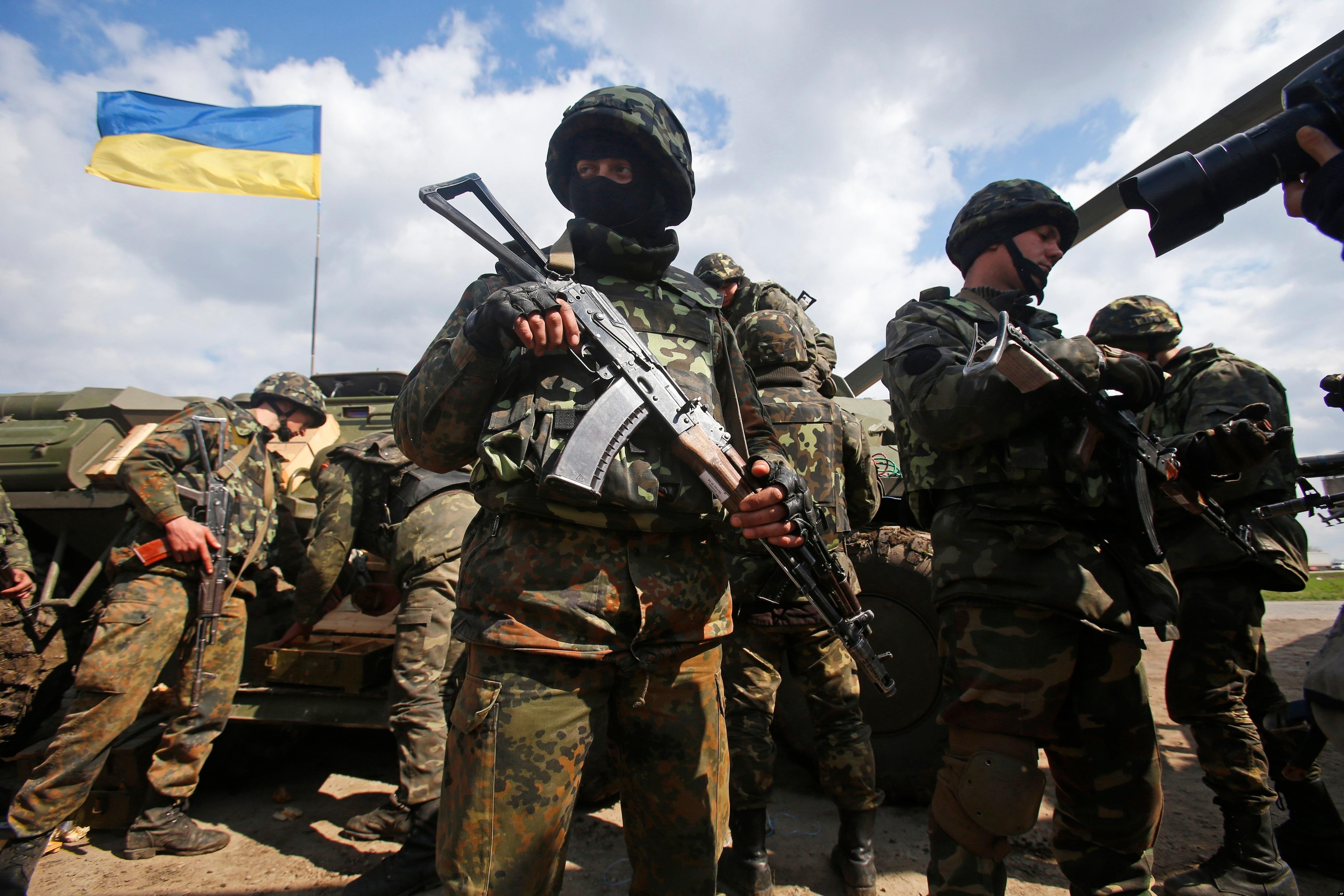 Боевики в течение суток 8 раз открывали огонь по украинским военным - пресс-центр АТО