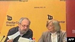 Ivan Protić i Vesna Petrović na predstavljanju izveštaja Beogradskog centra za ljudska prava, Beograd, 2. april 2012.