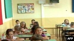 Në Maqedoni fillon viti i ri shkollor