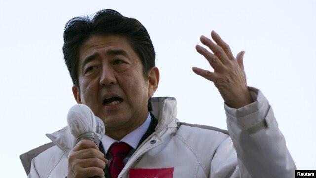 Cựu thủ tướng Shinzo Abe, lãnh đạo của Ðảng Dân chủ Tự do bảo thủ LDP.