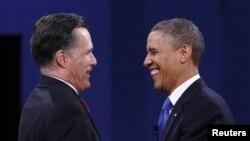 美國總統奧巴馬(右)與共和黨統奧候選人羅姆尼2012年在佛羅里達總統候選人最後辯論後握手