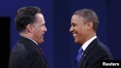 美國總統奧巴馬(右)與共和黨統奧候選人羅姆尼