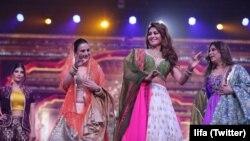 ممبئی میں ایوارڈز کی تیاریاں جاری ہیں۔